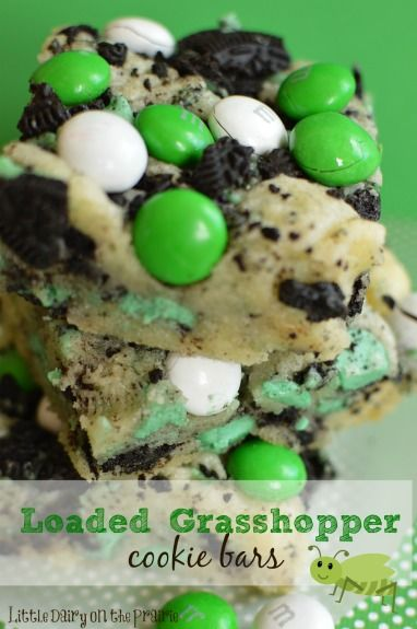 Loaded Grasshopper Cookie Bars! Overload of minty goodness in every mouth watering bite! Throw a batch together in no time! - Little Dairy o...