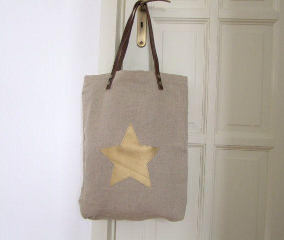 beige linen bag with vegan leather golden star with leather handles // bézs színű lenvászont táska textilbőr arany csillag mintával