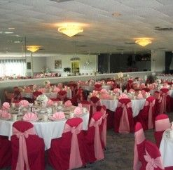 #anthonyslakeside #royalswanroom #party #pink #chaircovers