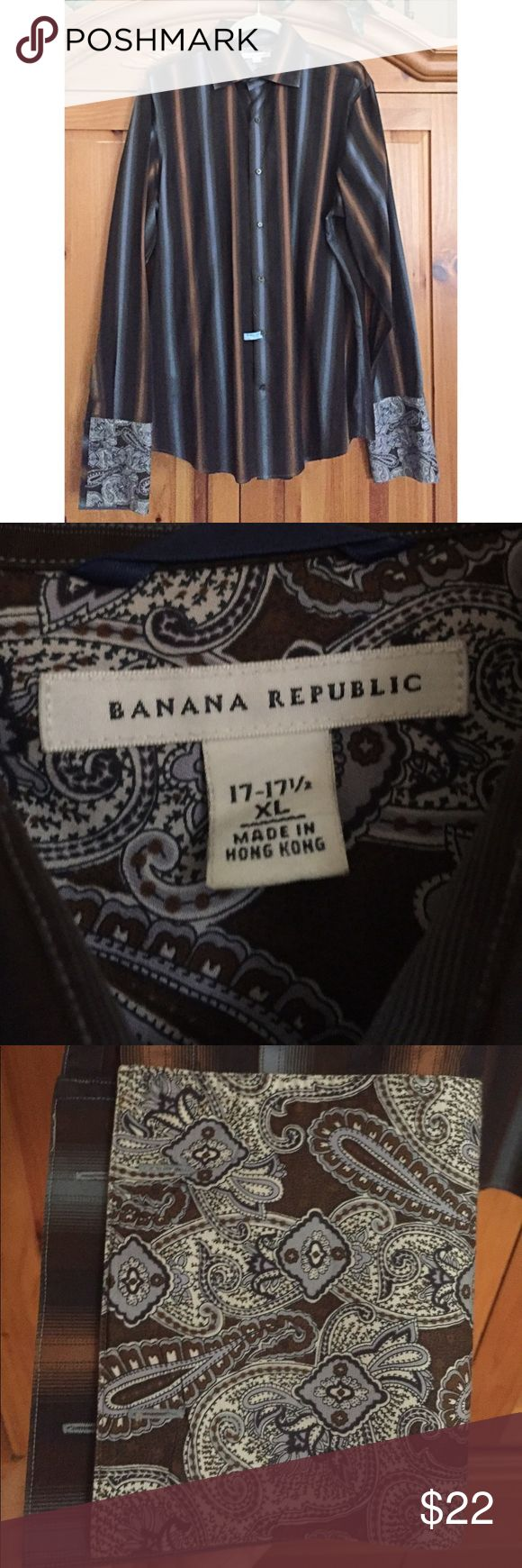 Banana Republic French cuff dress shirt Beautiful shirt in excellent condition and freshly dry-cleaned. Features French cuffs with contrasting material, can be worn with cufflinks or rolled up for a more casual look. Banana Republic Shirts Dress Shirts