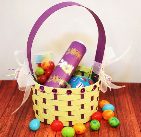 Bits of Paper: A Basket Full of Easter