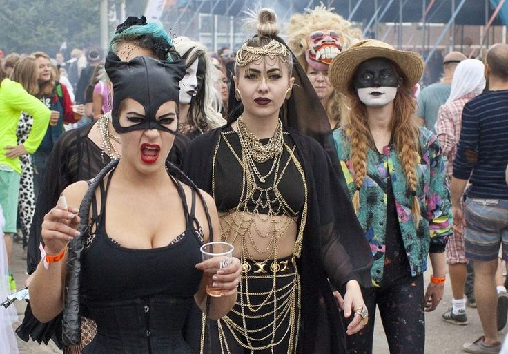 9-6-2014. Valtifest, the annual carnival for dance enthusiasts at the former NDSM ship yard in Amsterdam. This year's theme: The Seven Sins. © Floris Lok #amsterdam #dancefestival.