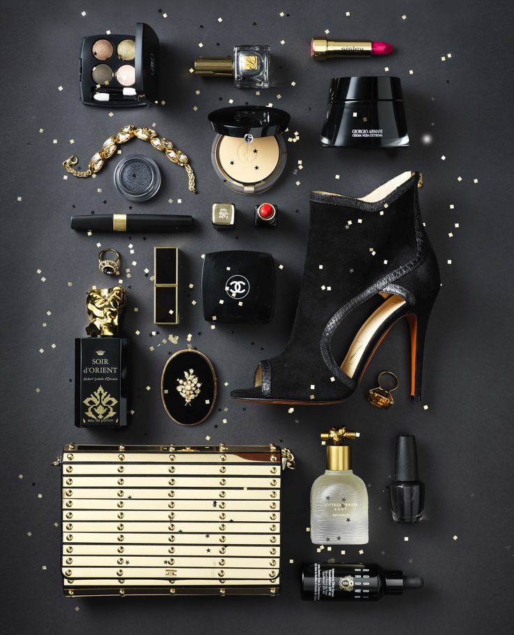 Fashion & Beauty Werf in JAN Magazine Photography by Frank Brandwijk | 'Black Gold' 'Accessories & Makeup 'Photography Stilllife Beauty Product, Make Up & Cosmetics'