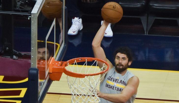 Cleveland Cavaliers Could Trade Kevin Love to Celtics for Marcus Smart, Jae Crowder, Jonas Jerebko - http://www.morningnewsusa.com/cleveland-cavaliers-trade-kevin-love-celtics-marcus-smart-jae-crowder-jonas-jerebko-2390042.html