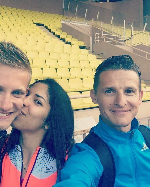 #Fontvieille  et David Gauthier #runnerscommunity#selfie#instarunners#wearerunners#track#trackandfield#athlétisme#passion#competition#beforetherace#womensrunningcommunity#womenrunning#mymonkey#goodmoments#kalenji#adidas#selfierunner#selfierun#runners# by lili19852408 from #Montecarlo #Monaco