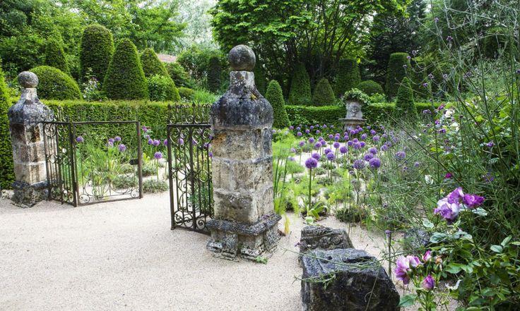 les 284 meilleures images du tableau jardin garden sur pinterest beaux jardins rodier et abbaye. Black Bedroom Furniture Sets. Home Design Ideas