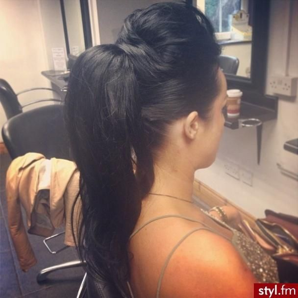 Twist & Ponytail - Hairstyles How To