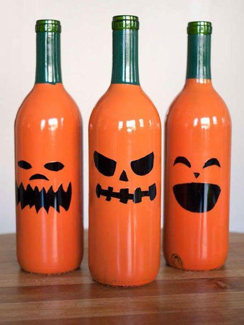 Wine Bottle Jack-o-Lanterns, halloween diy, halloween crafts, halloween projects, halloween craft ideas, Halloween, blogs, decorations, DIY