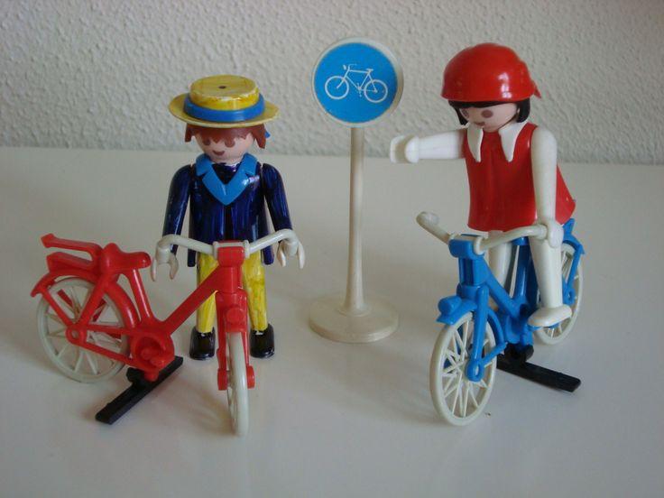 Cyclists 70's