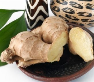 Účinná látka gingerol, ktorú zázvor obsahuje, znižuje bolestivosť a lieči zápaly v tele