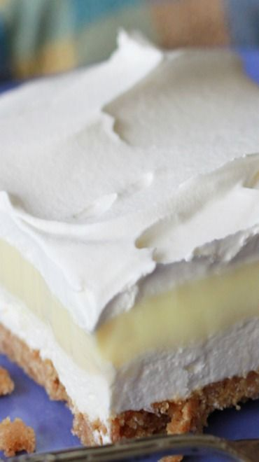 Lemon Icebox Delight--pinning this for the first layer and then use a can of lemon pie filling and top with cool whip.