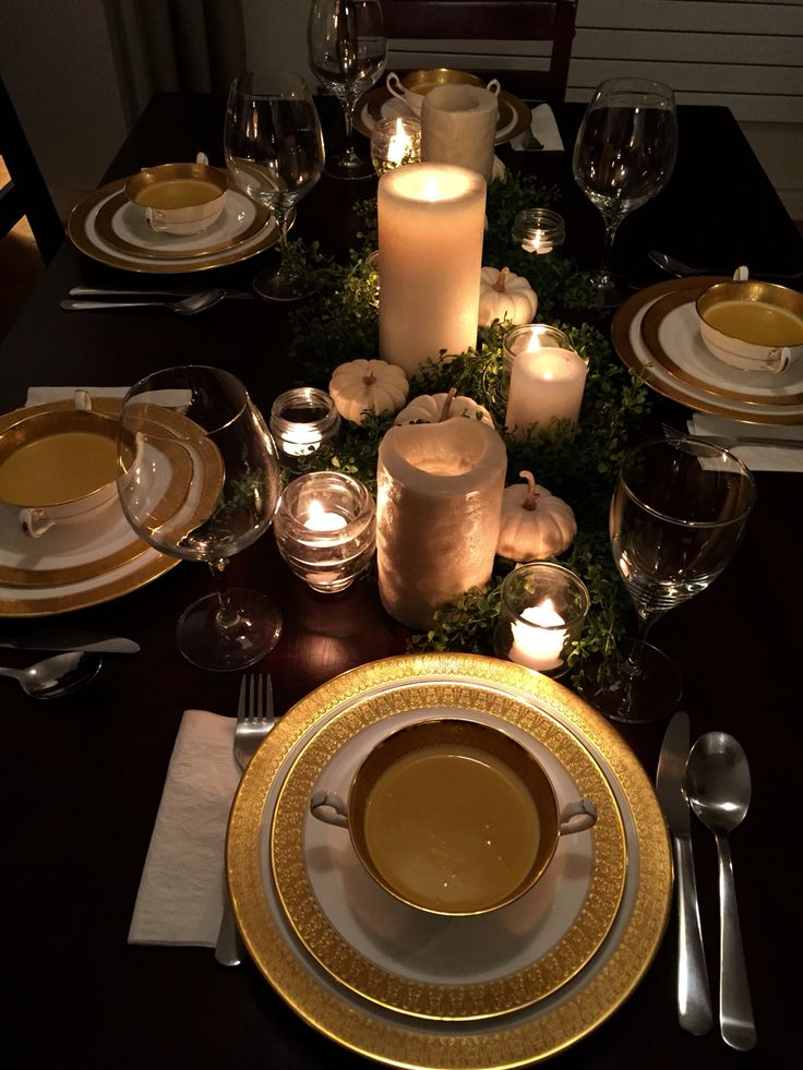 Fall dinner party table