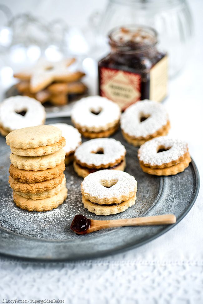 Spiced Almond and Cardamom Linzer Cookies with Blackberry and Apple Jam – perfect for Christmas.