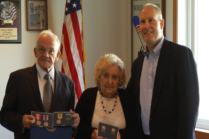 A special honor tonight for the family of a fallen veteran in Missaukee County. Tonight the brother and sister-in-law of Doctor Timothy Bloomster were presented with medals for his service. The spe...