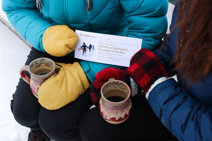 Experiential Gift Guide from FortWhyte Alive.  We're also very much into doing what we can to lessen our impact on the planet -- every day and especially over the holiday season. Experiential gifts at FortWhyte Alive offer a great way to do both.  This year, gift someone you care about with an experience that they will love, without adding to the holiday clutter!