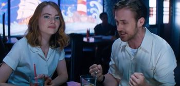 19 Tweets That Perfectly Sum Up How You Feel About La La Land Emma Stone & Ryan Gosling Dream Big in Third 'La La Land' Trailer filmanons.besaba.... «This is the dream! It's conflict, and it's compromise, and it's very very exciting.» Lionsgate has unveiled a third trailer for the musical sensation La La Land, directed by Whiplash director Damien Chazelle, easily one of the best movies all year. I totally and completely LOVE this movie so much, just wait until you get […]