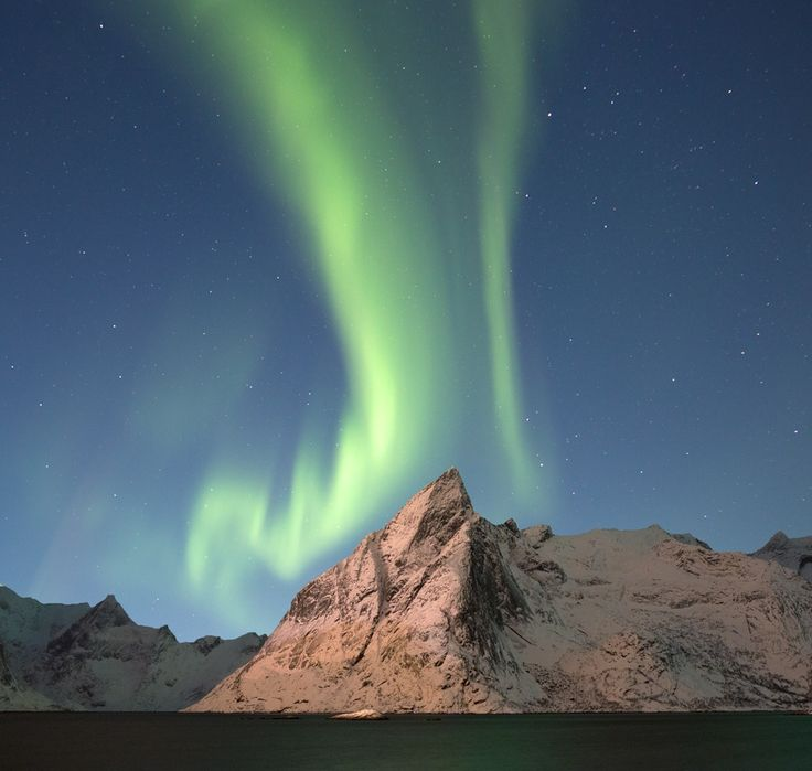 Northern lights over Hamnoy. by Richard McManus on 500px