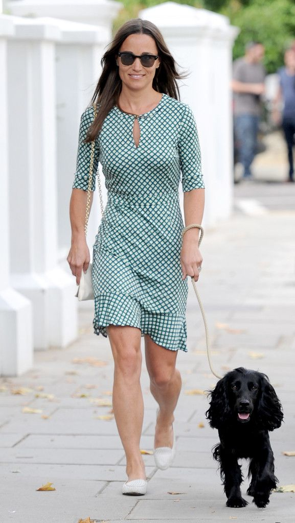 Pippa Middleton from The Big Picture: Today's Hot Pics  Puppy & Pippa! The newly engaged beautyenjoys a nice stroll with her trusty pup in London.