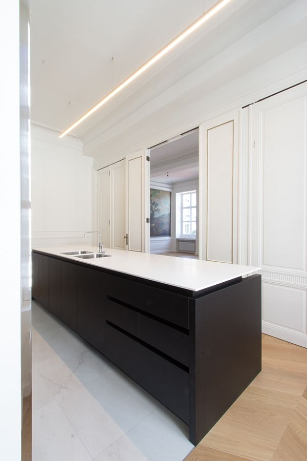 Kitchen - Patria apartment 12 in Kortrijk Belgium by Witblad in collaboration with architecture firm Adins-Van Looveren.   Photography by Dieter Beheydt.- execution by Descamps