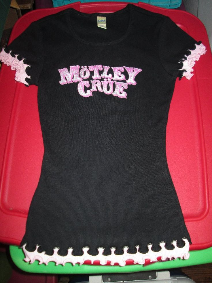 Motley Crue Size Small  Fitted Black & Pink Top (Heavy Metal Concert Tour Rock Shirt)  $8 plus shipping BUY IT NOW
