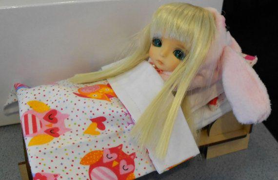 Great kitset (flatpack) bed  for Pukipuki or Lati White