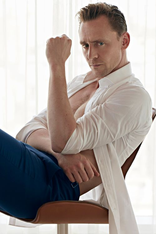 OMG!. Tom Hiddleston for W Magazine. Full size image [UHQ]: http://ww1.sinaimg.cn/large/6e14d388gw1f51zaabvd3j21bf1z47wh.jpg Via Torrilla, Weibo Source: http://www.wmagazine.com/people/celebrities/2016/06/tom-hiddleston-photo-shoot-taylor-swift-james-bond-night-manager/photos/