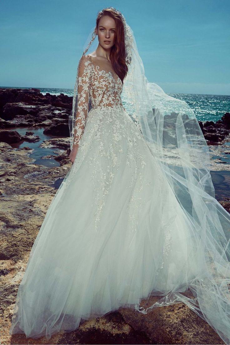 57 best Vestidos de novia escote ilusión images on Pinterest ...