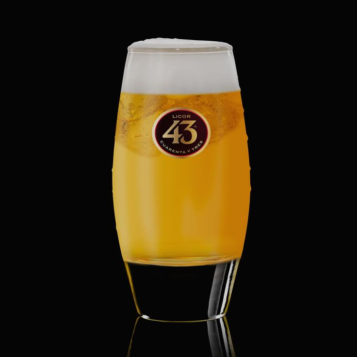 Try the recipe for Apple Pie 43, an indulgent drink that combines Licor 43 with sweet apple juice and whipped cream. Serve as a long drink or a shooter.