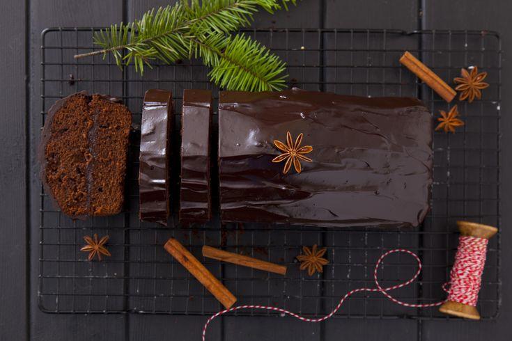 Bardzo prosty piernik świąteczny z czekoladą
