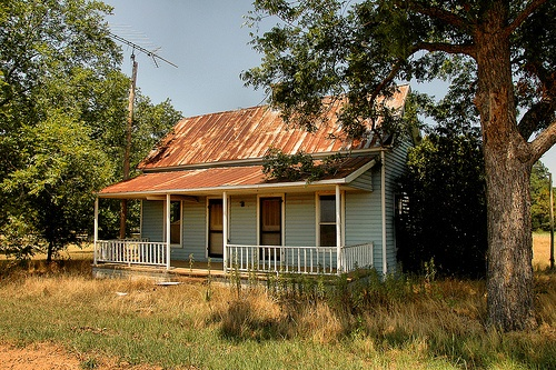 Southern Farmhouse Rusted Metal Roof The South Pinterest