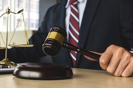 Primera sentencia de un juzgado de Barcelona de cláusulas suelo: anulada una del Banco Sabadell http://www.inmodiario.com/144/25033/primera-sentencia-juzgado-barcelona-clausulas-suelo-anulada-banco-sabadell.html