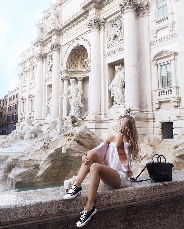 By Fontana di Trevi ✨ top is from Topshop // See this Instagram photo by @mariiajulia_ • 1,620 likes