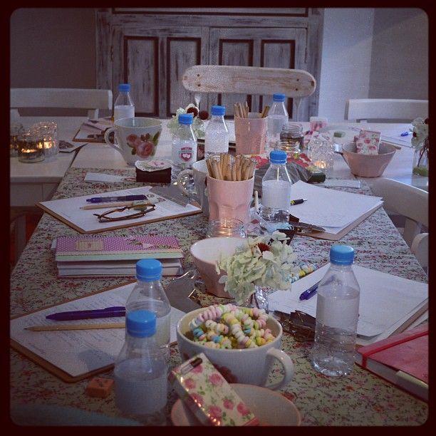 Cuentifinde mágico. Mucho trabajo en #bodasdecuentoschool entra http://www.algomagico.com/2013/02/cuentifinde-bodas-de-cuento.html y te contamos. (no solo es trabajo) @Bodas de Cuento www.algomagico.com