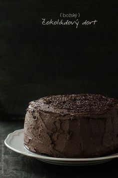 V naší rodině dávám každému možnost zvolit si dort, jaký by si přál na své narozeniny. Někdo upřednostňuje cheesecake, někdo punčový, někdo málo sladký. Tom, jehož narozeniny jsme oslavili na začátku listopadu, mně to nemohl letos udělat jednodušší. Nebo spíš