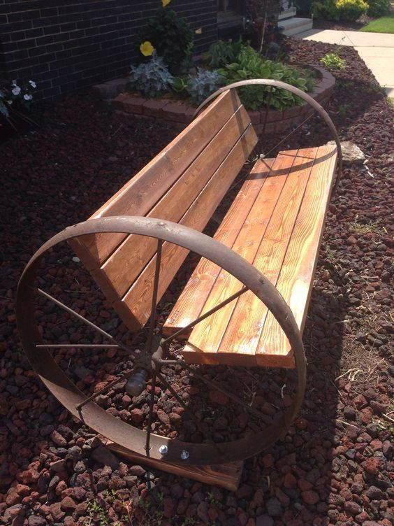 Wagon Wheel Bench Wagon Wheel Bench Yard Benches Diy