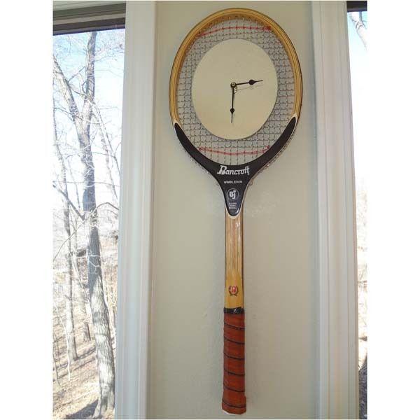 J'ai trouve la raquette - il manque plus que l'horloge