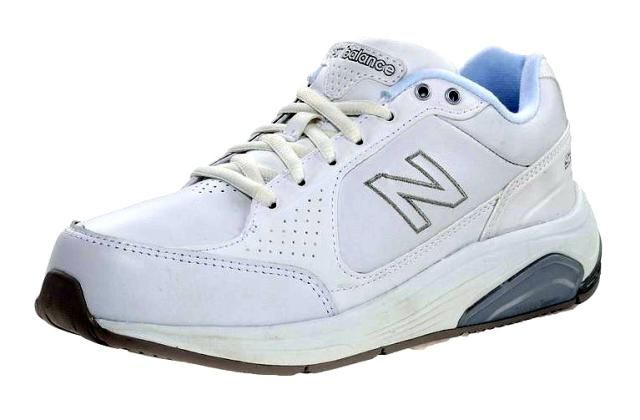 The Top 5 Picks for New Balance Walking Shoes: New Balance 928 Motion Control Health Walking Shoe