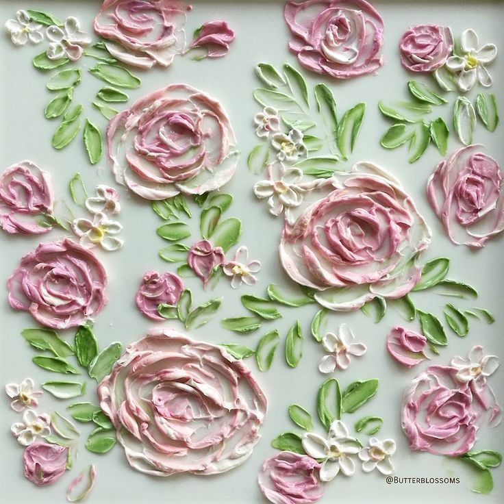 "Paint on cake. Inspiration ""Wall paper 🤣🤣🤣"" #cakepainting #cakeinspiration #buttecreamflowers #butterblossoms #paintwithknife #paintflowers #paintoncake #inspriation #roses"