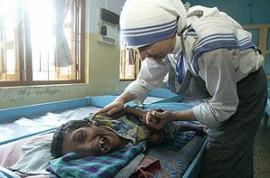 Calcutta, India to work with the Missionaries of Charity.
