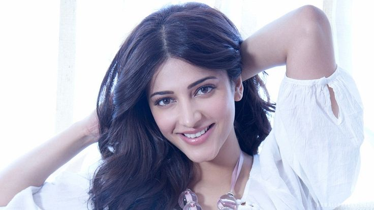Tamil actress Shruti Hassan photo images, movies and biography. Indian hot actress Shruti Hassan HD wallpapers, movies list and wiki.