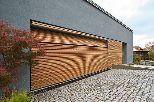 Garage modern holz  BeluTec Flächenbündige Garagentore | Haus Umbau | Pinterest ...