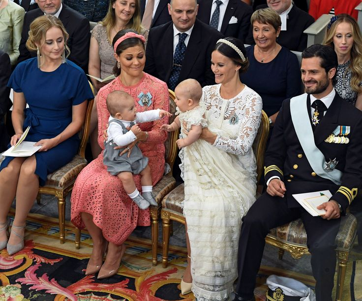 Crown Princess Victoria holds her son Prince Oscar and Princess Sofia holds her son Prince Alexander during Prince Alexander's christening at the Palace Chapel of the Drottningholm Palace, Stockholm, Sweden September 9, 2016. (Photo byTT News Agency/Reuters)  via @AOL_Lifestyle Read more: http://www.aol.com/article/entertainment/2016/09/28/body-language-expert-says-duchess-kate-and-prince-william-are-st/21482839/?a_dgi=aolshare_pinterest#fullscreen