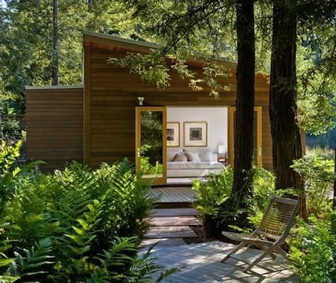 A guesthouse in a Sebastopol residence.