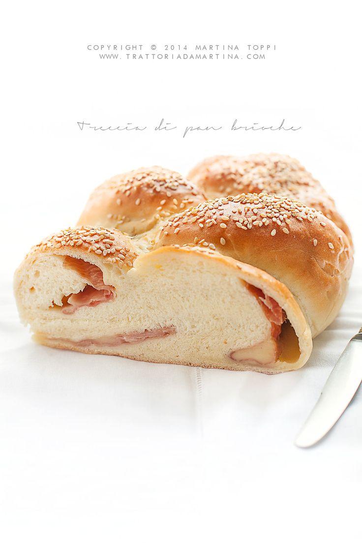 Pan brioche salato con prosciutto e formaggio