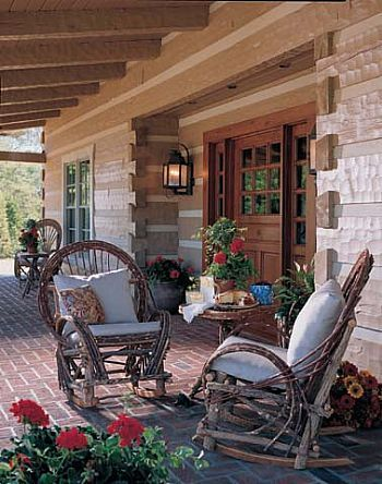 Porch PERFECTION on the vacation log home!