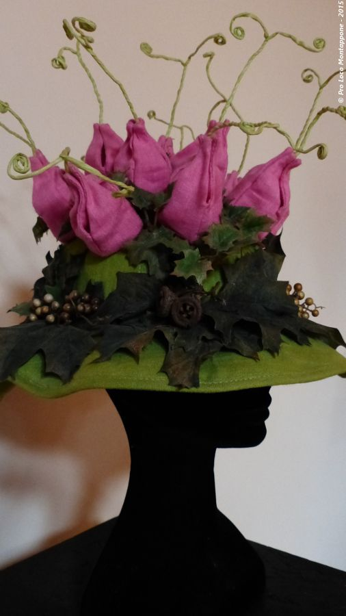 """Name of the hat:  """"Phyteuma - the flower of the rock"""" ! ... il fiore della roccia !!! Author: Mar Sport. #HatsDistrict"""