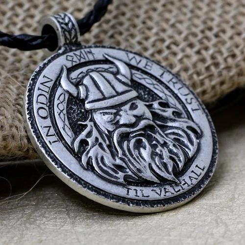 In Odin We Trust - Til Valhall med Odin