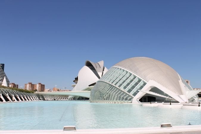 http://itinerariodiviaggio.altervista.org/citta.php?id=9  NUOVO ITINERARIO - Una settimana a Valencia!  Caricato il nuovo itinerario su Valencia per una vacanza alla scoperta di una magnifica città sulla costa mediterranea spagnola!