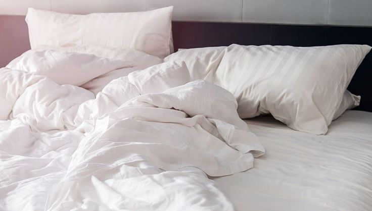 Matratze Reinigen Tipps Und Hausmittel Otto Sofa Reinigen Bett Ideen Bett Kissen