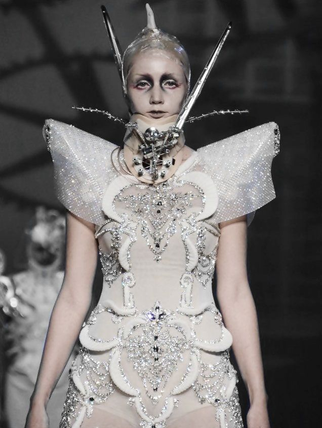 Amato By Furne One S S 2012 Haute Couture Avant Garde Pinterest Fashion Weeks Fashion
